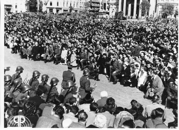 Rugăciune pentru Basarabia, în București, în fața Ateneului – 22 iunie 1941